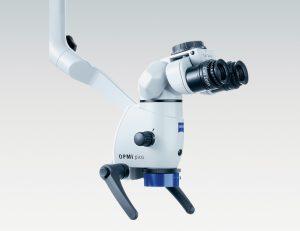 手術用顕微鏡OPMI picoの写真