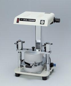 軟化圧接成型器 「デュアルフォーマー」の写真