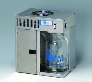 ポータブル蒸留水製造器 「ミニクラシックCT」の写真