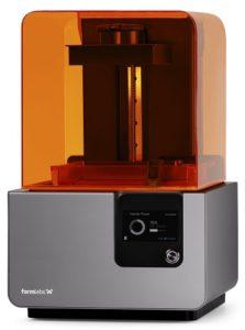 Form2  (3Dプリンター)の写真